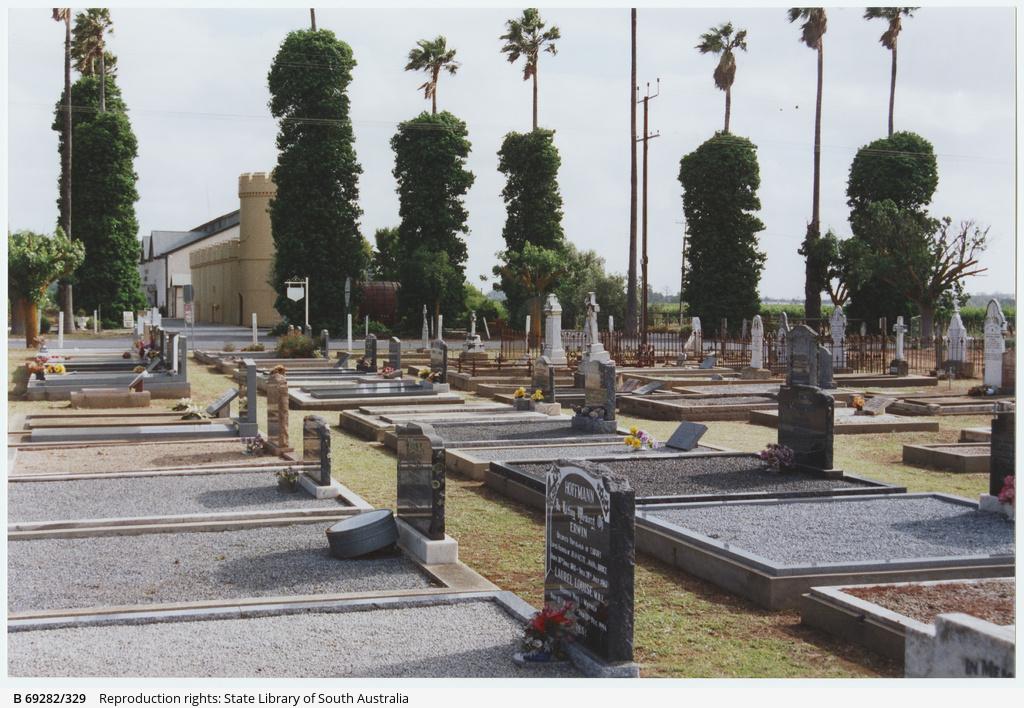 Cemetery near Chateau Dorrien in Tanunda, Barossa Valley