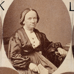 Group of [women] Old Colonists : Smith