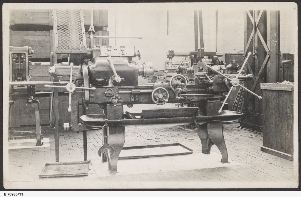 Lathe on the machine shop at MTT's Hackney workshop