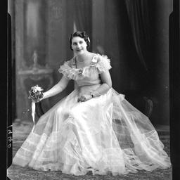 Miss M. Stoehr
