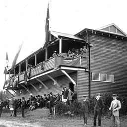 Mercantile Rowing clubhouse by the Torrens River