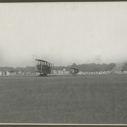 Vickers Vimy at Calcutta.