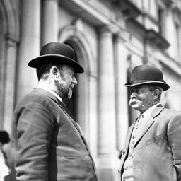 Arthur Searcy talking to John Darby