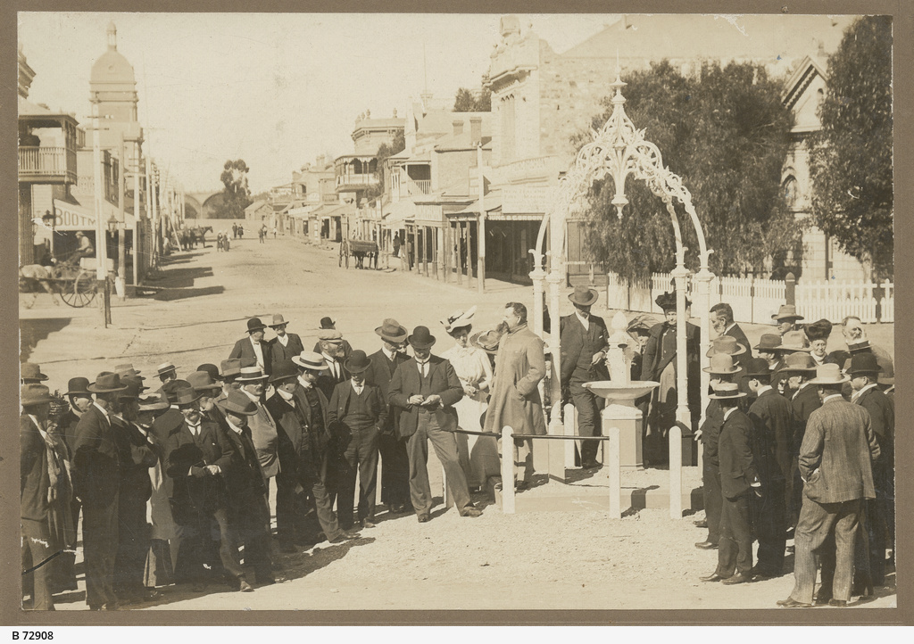 Opening of the Beaton Memorial Fountain in Port Augusta