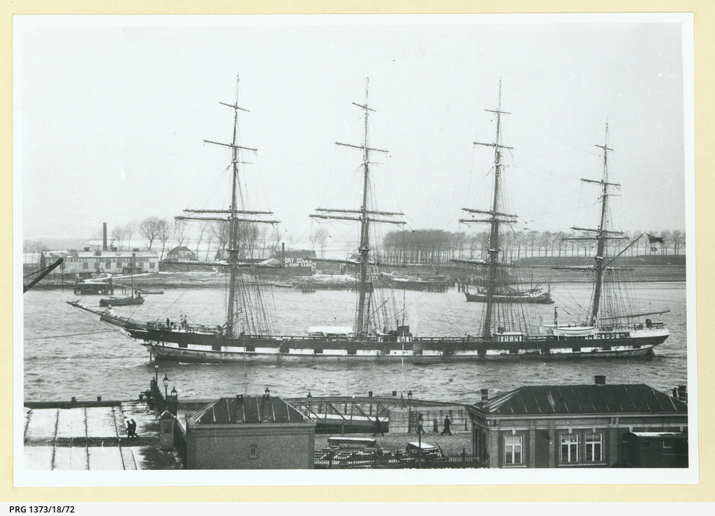 The 'County of Edinburgh' in an unidentified port