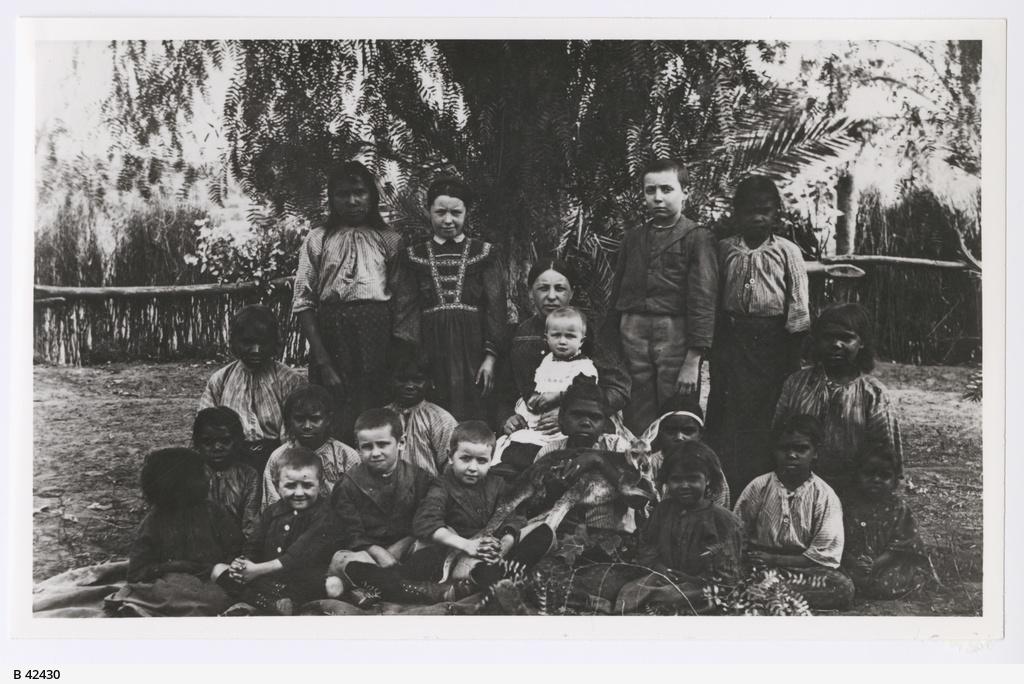 Frieda Strehlow with Children at Hermannsburg