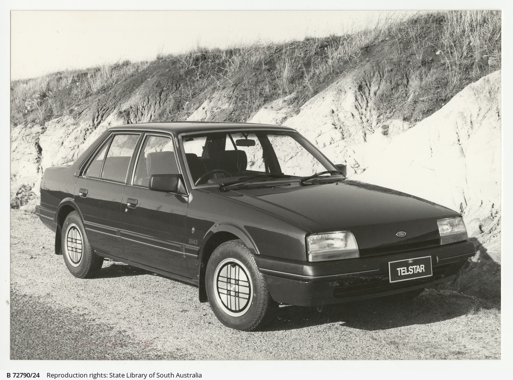 Ford Telstar Ghia
