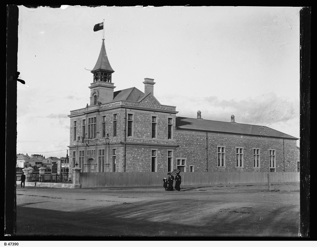 Town Hall, Wallaroo