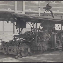 Rail grinder vehicle
