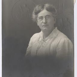 Portrait of Jessie Smith