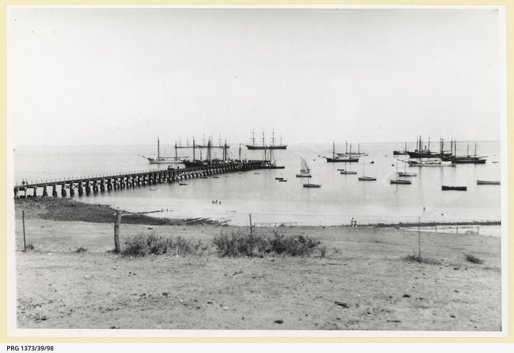Shipping, Port Victoria 1933