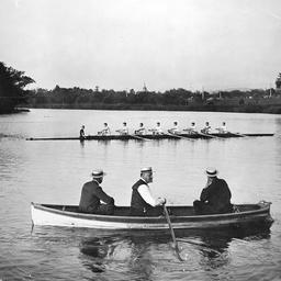 Rowing team on Torrens Lake, Adelaide
