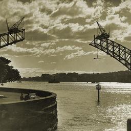 Sydney Harbour Bridge arches in construction