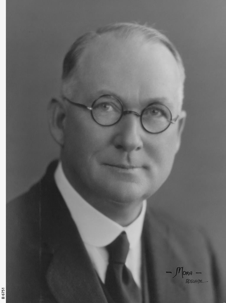 Victor Edgar Russell Dumas