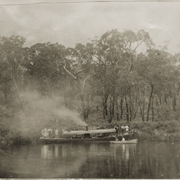 First steamboat on the Glenelg River