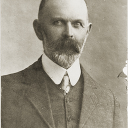 E.F.Crouch