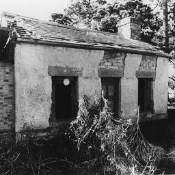 Ruins of the Cornwall Inn at Willunga