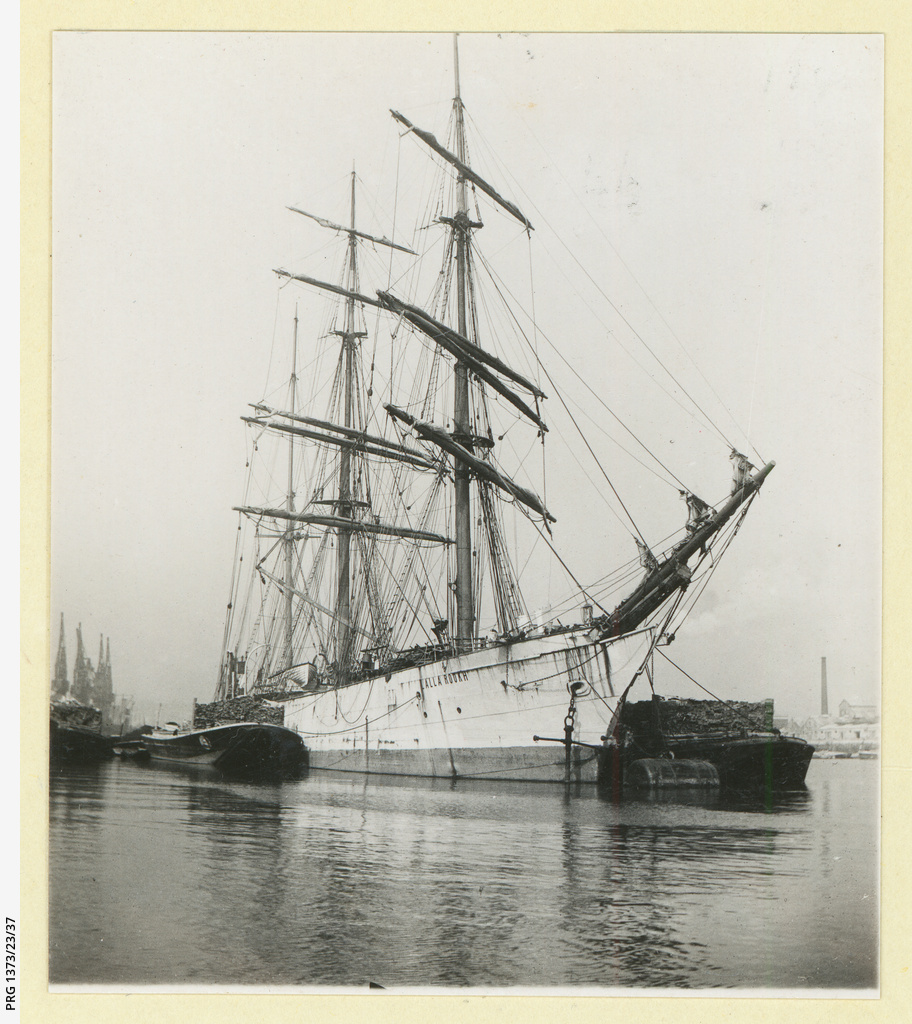 The 'Lalla Rookh' in an unidentified port