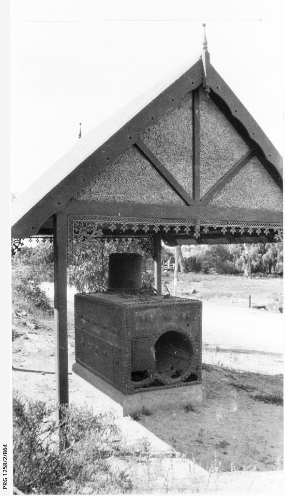 The boiler from the Mary Ann displayed in Mannum Reserve