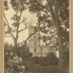 'Carminow', private residence at Mount Lofty