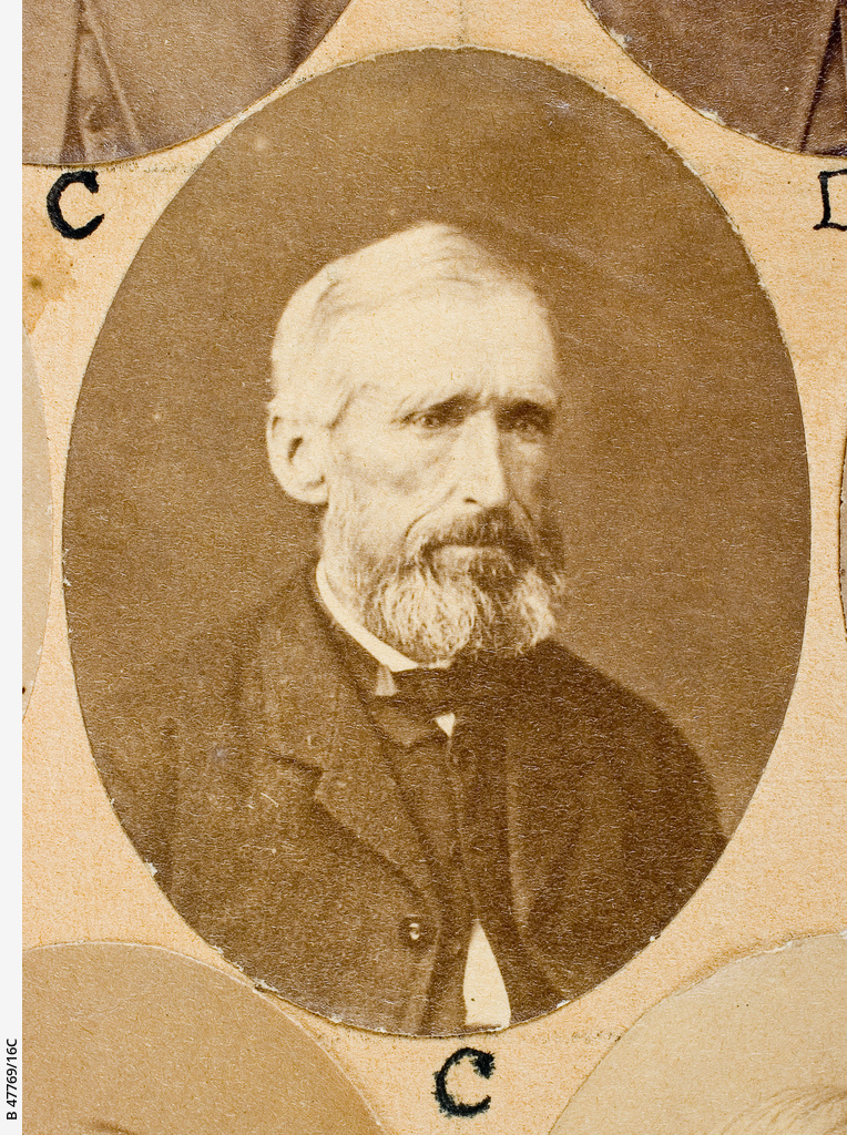 The Old Colonists Banquet Group : William Innes