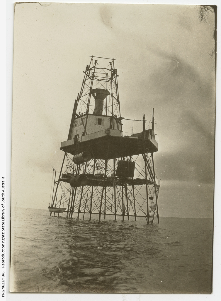 Dismantling Tiparra Lighthouse, South Australia