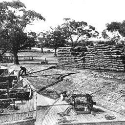 Loading wheat onto barges at Moorook