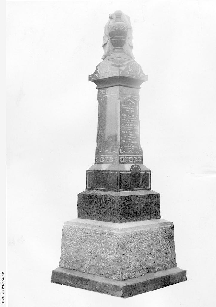 World War I memorial at One Tree Hill