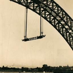 Sydney Harbour Bridge central hangers