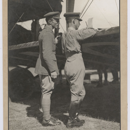 Ross and Keith Smith at the wing of the Vickers Vimy