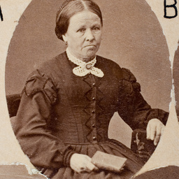 Group of [women] Old Colonists : Elizabeth Sutton