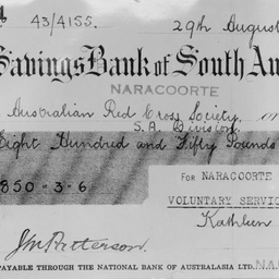 Cheque presented by Naracoorte VSD