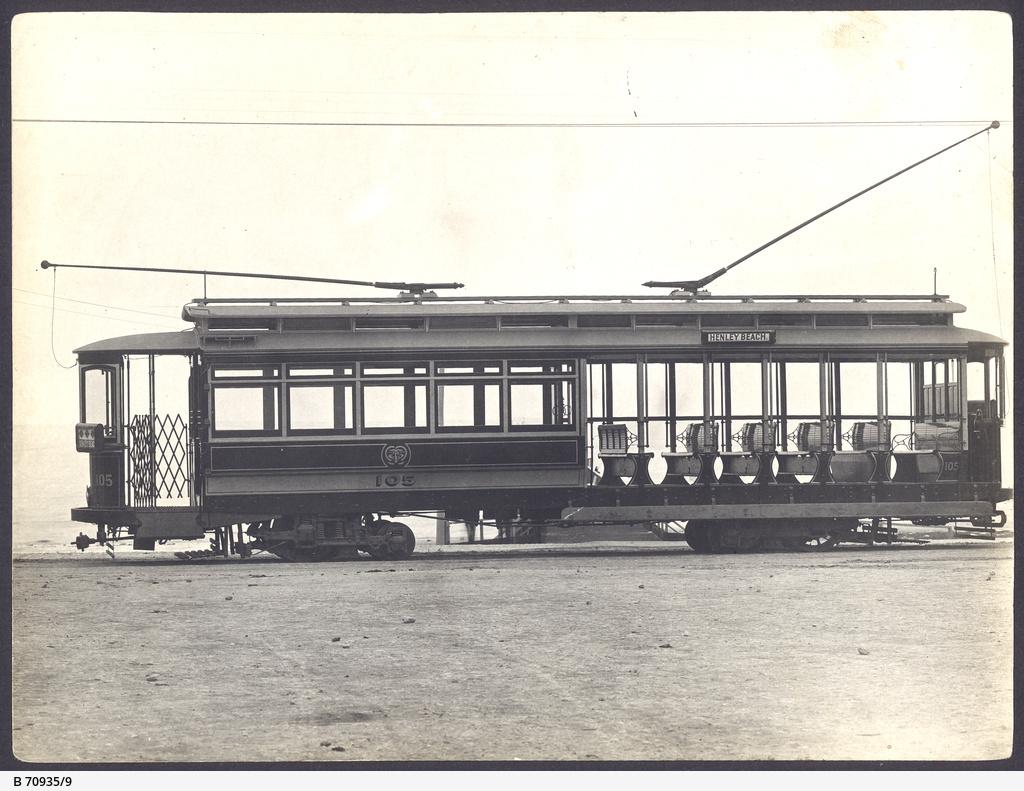An 'E' class open seater tram