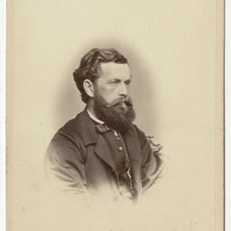 Portrait photograph of an unidentified man