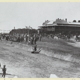 The Opening of the Mildura railway station