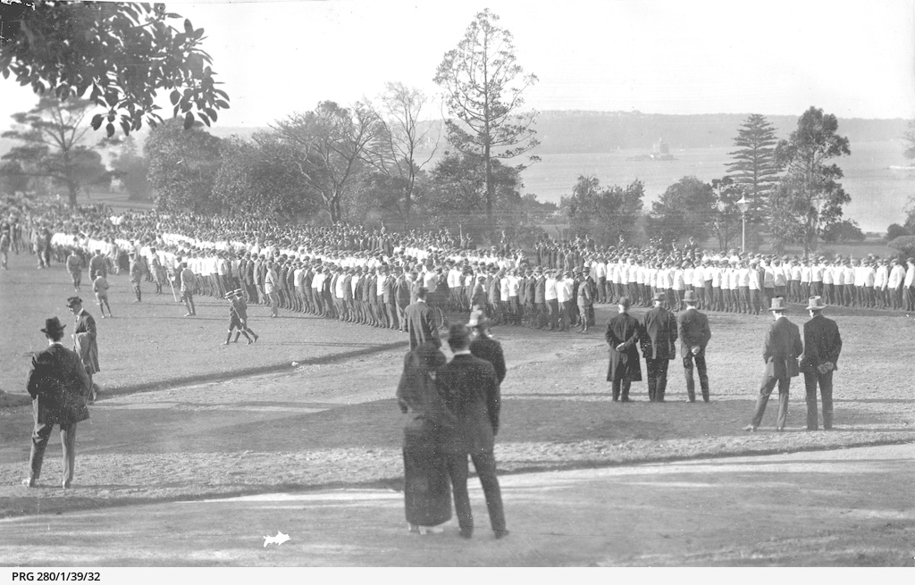 Members of rifle clubs at Government House, Sydney