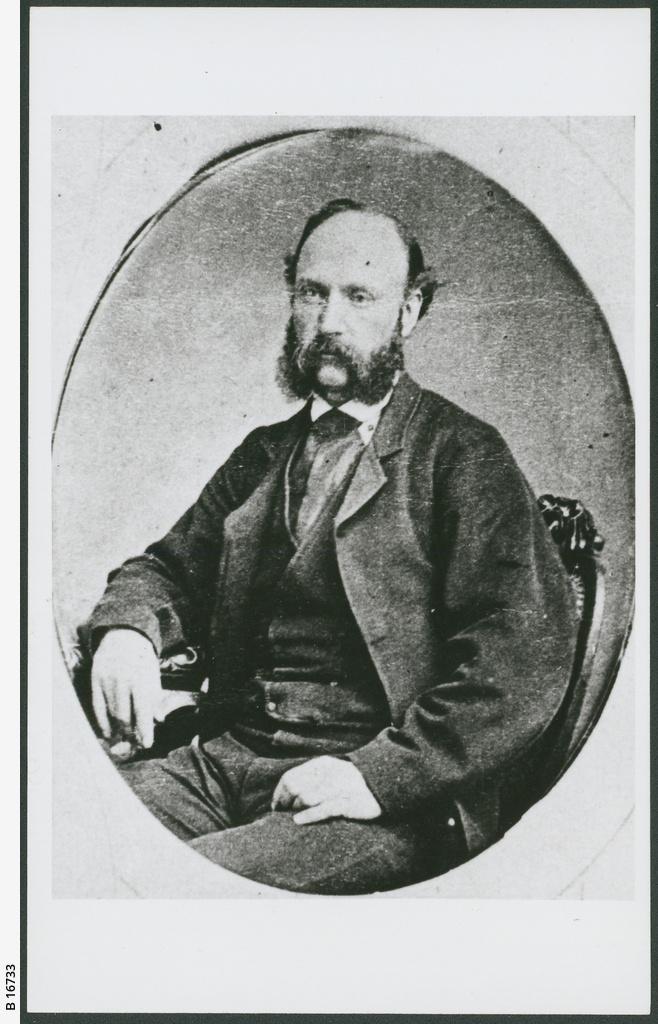 E.H. Derrington