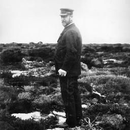 Arthur Searcy visiting Vivonne Bay, Kangaroo Island