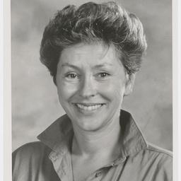 Julia Barr