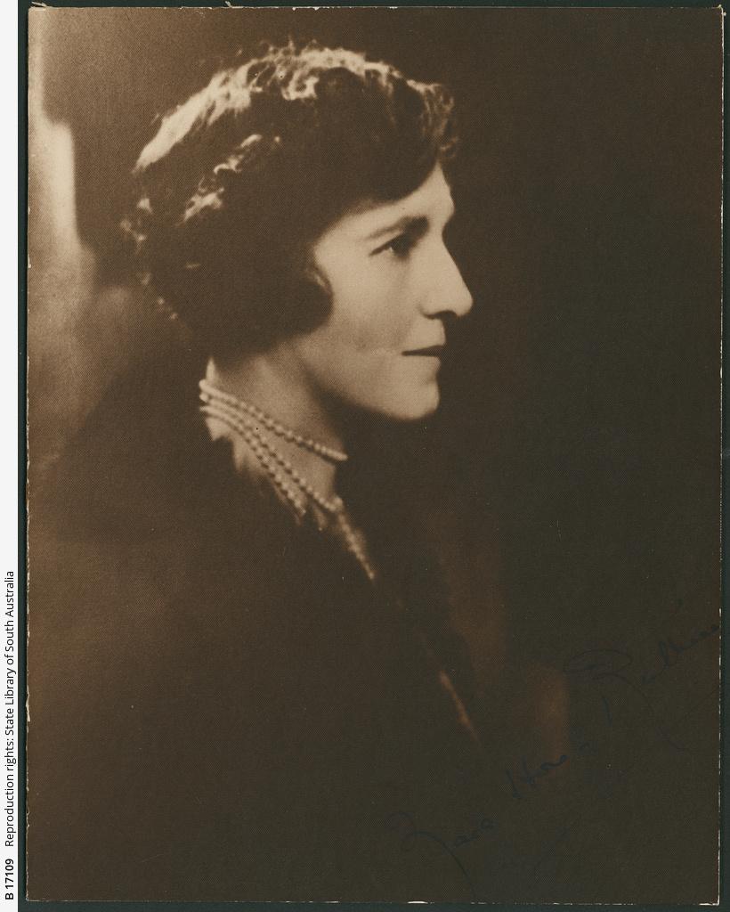 Zara Hore-Ruthven
