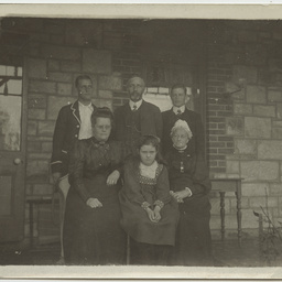 Ashby family group at their Wittunga farm home