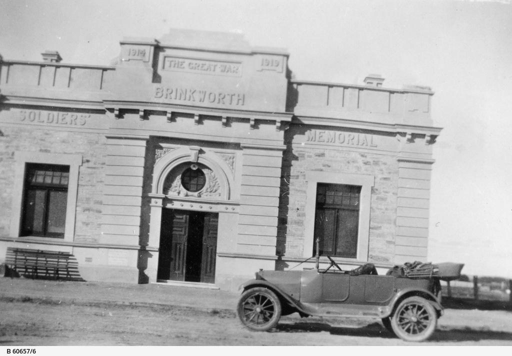 Memorial Hall, Brinkworth