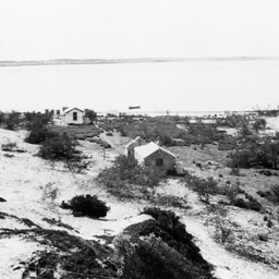 Shacks at Nine Mile Point on The Coorong