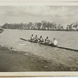 Renmark Rowing Club - winners of the 1937 McMahon Cup