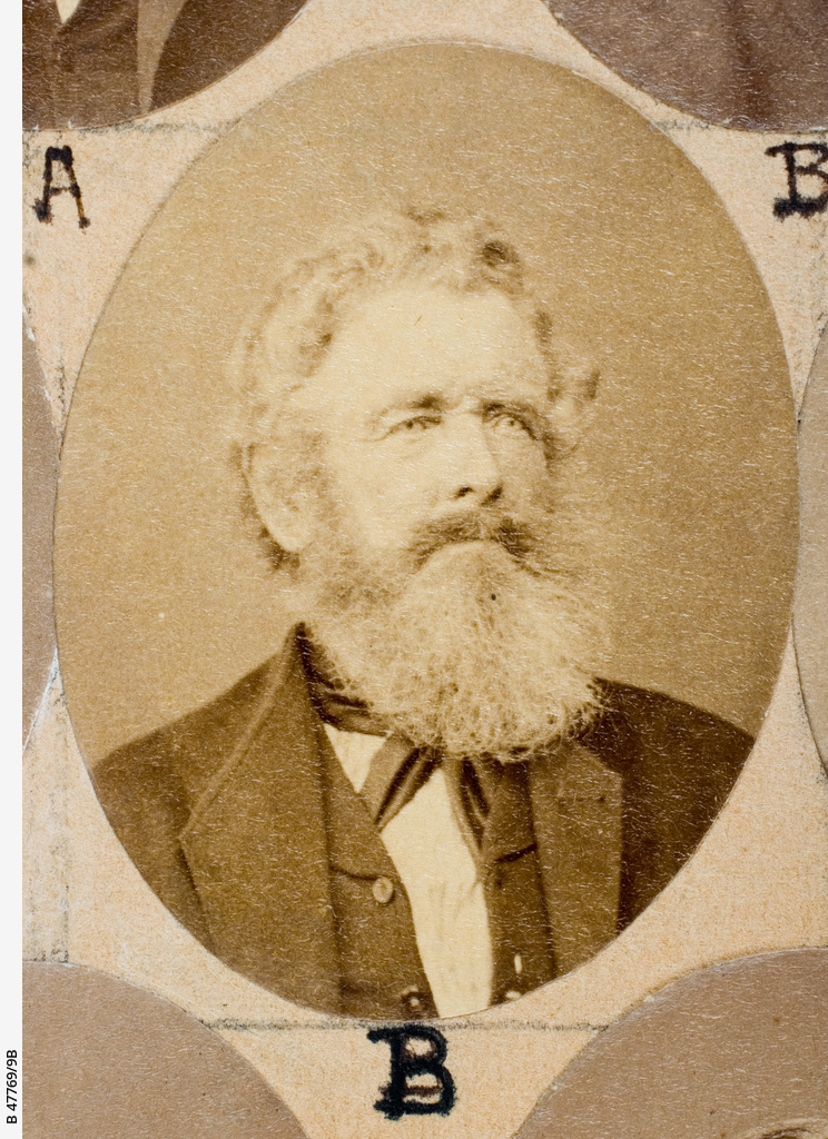 The Old Colonists Banquet Group : George Logan