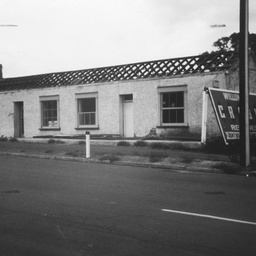 Demolition of shops at Willunga