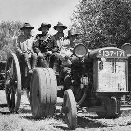 Mechanised artillery group