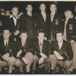 Keith Coldwell King's Cup crew group photograph