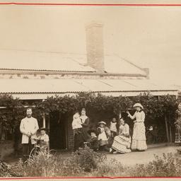 Claridge residence, Redhill