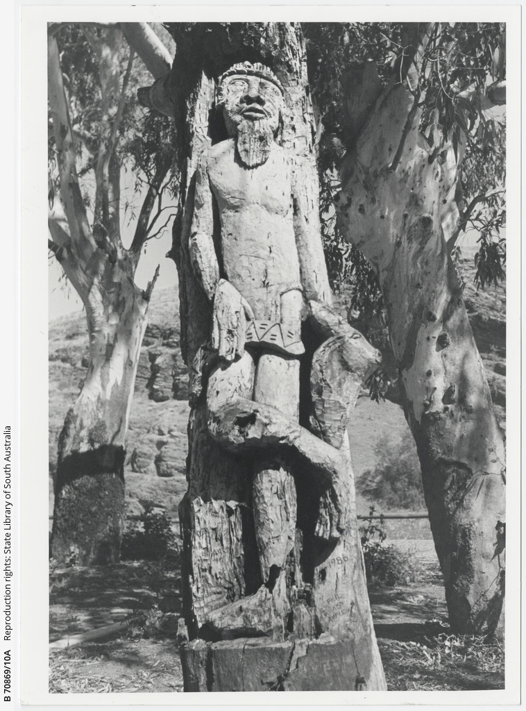 Tree carving at Old Noarlunga. 14th December 1988.